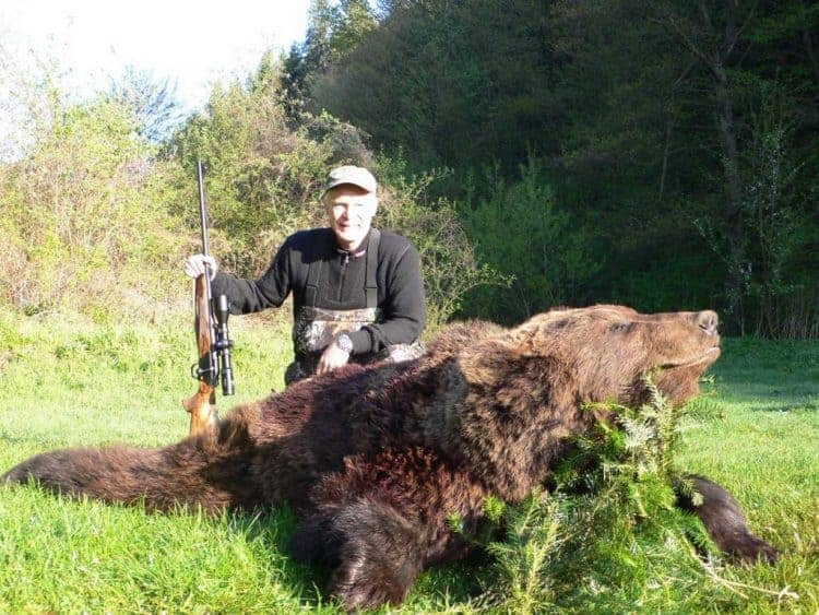 POLL: Should the trophy hunting of bears and wolves be banned?